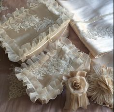 Ribbon Work, Lingerie, Sachets, Embroidery, Silk, Creativity, Towels, Needlepoint, Recycled Crafts