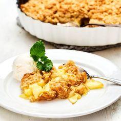 Bittes äppelpaj | Recept ICA.se Fika, Baking Tips, Apple Recipes, Cake Cookies, Vegan Vegetarian, Risotto, Macaroni And Cheese, Nom Nom, Sweet Tooth