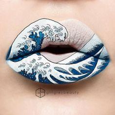 """Le lip art inspiré de """"La Grande Vague de Kanagawa"""" d'Hokusai par Andrea Reed"""