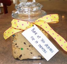 Creative Holiday Gift Ideas: Cookie Dough Jars