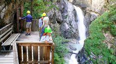 Die Aussichtskanzel in der Galitzenklamm in den Lienzer Dolomiten