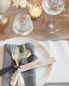 Inspiração linda cheirosa e delicada para casamentos rústicos.  #casarei #casamento #wedding #instawedding #instawed #tabledecor by casarei