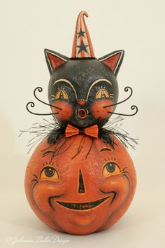 Peek a boo black cat Beistle Halloween, Halloween Doll, Halloween Projects, Holidays Halloween, Vintage Halloween, Halloween Pumpkins, Happy Halloween, Halloween Decorations, Halloween 2018