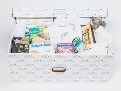 The Ultimate Baby Box comes filled to the brim with everything new parents and their newborn baby will need for those hectic first months. This truly is the ultimate gift for any new parent and their baby. Baby Box, Love Mom, New Parents, Our Baby, Baby Gifts, Toddler Bed, Packing, Pregnancy, Glitter