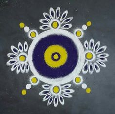 Rangoli Designs Flower, Colorful Rangoli Designs, Rangoli Designs Diwali, Diwali Rangoli, Flower Rangoli, Beautiful Rangoli Designs, Kolam Designs, Rangoli Colours, Rangoli Patterns