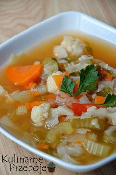 zupa spalająca tłuszcz Soup Recipes, Diet Recipes, Vegan Recipes, Cooking Recipes, Fat Burning Soup, Polish Recipes, Love Food, Food Porn, Food And Drink