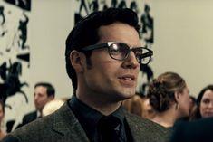 Batman v Superman Henry Cavill Glasses Henry Cavill Clark Kent, Dc Costumes, Superman Henry Cavill, Superman Man Of Steel, Hollywood Men, Dawn Of Justice, Marvel Comic Character, Actors, Johnny Depp