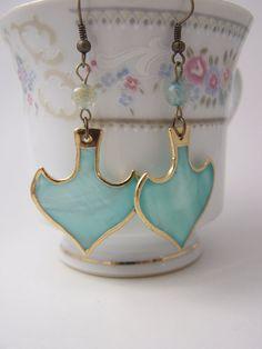Aqua green earrings Shell Spade Earrings Green Agate earrings Mother of pearl jewelry €11