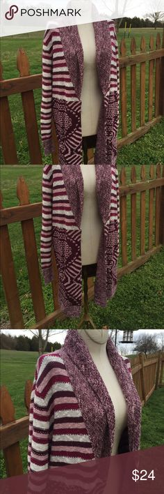 Urban Outfitters Ecote Long Cardigan Sweater Size large. Super gently preowned.Be sure to view the other items in our closet. We offer both women's and Mens items in a variety of sizes. Bundle and save!! Thank you for viewing our item!! Urban Outfitters Sweaters Cardigans