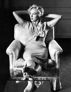 """""""Marilyn Monroe, 1954 © Sam Shaw. """""""