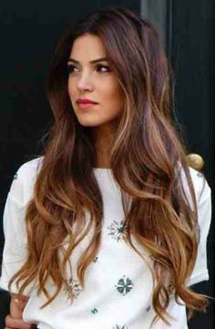 Ecaille is the Hottest Hair-Color Trend for Spring