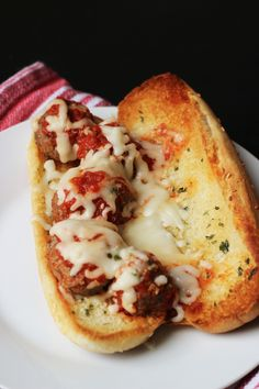 Meatball Sub Recipe (with a Freezer Option) - Good Cheap Eats Meatball Subs (with a Freezer Option) Cheap Family Dinners, Cheap Dinners, Freezer Cooking, Cooking Recipes, Pasta Recipes, Beef Recipes, Recipies, Freezer Meals, Italian Recipes