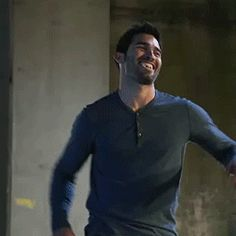 Discovered by AshtonBabe. Find images and videos about teen wolf, tyler hoechlin and so sexy on We Heart It - the app to get lost in what you love. Teen Wolf Memes, Teen Wolf Funny, Teen Wolf Boys, Teen Wolf Dylan, Teen Wolf Stiles, Teen Wolf Cast, Teen Wolf Tumblr, Tyler Hoechlin, Sterek