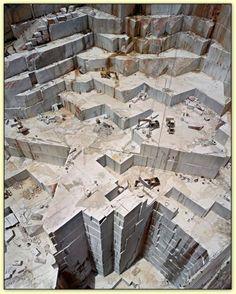 marble quarry in carrara, italy. Landscape Photography, Art Photography, Aerial Photography, Art Pierre, Stone Quarry, Granite Stone, Toscana Italia, San Francisco Design, Rock Of Ages