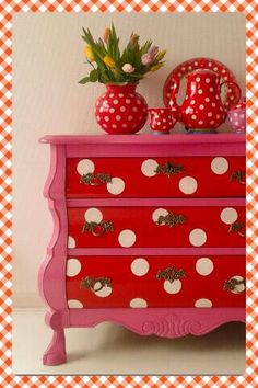 Having some fun in decor! Polka Dot Party, Polka Dots, Funky Furniture, Painted Furniture, Dots Fashion, Red Cottage, Simply Red, Connect The Dots, White Decor