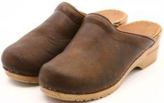 Dansko Sanita Womens Vintage Mule Brown oiled ...I totally owned a pair of these in middle school.