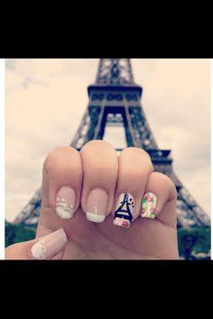 Paris Nails. Couture. Lovee