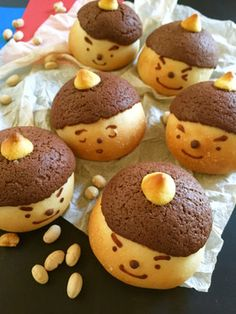 Setsubun Oni-chan Melon Bread with Suzu Gas by Blue Pop Cook Cook Cute Desserts, Cookie Desserts, Bento, Melon Bread, Bread Recipes For Kids, Yummy Treats, Yummy Food, Cute Baking, Bread Shaping