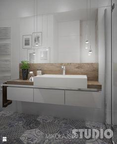 łazienka-jasna-biała-podłoga-wzorzysta-drewno-w-łazience-drewniany-blat-prysznic-płytki-heksagonalne - zdjęcie od MIKOŁAJSKAstudio - Łazienka - Styl Skandynawski - MIKOŁAJSKAstudio