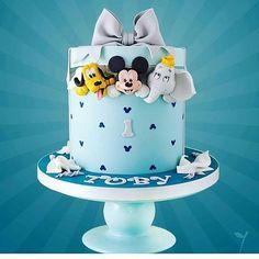 So CUTE...... Cake Inspiration Spotted via @cherrycakeco #Cakebakeoffng #CboCakes #Instalove #Likeforlike #AmazingCake #CakeInspiration