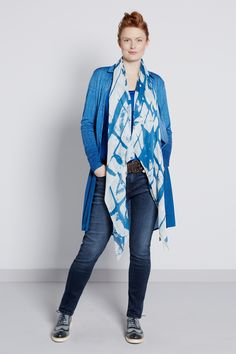 Blues & Pinks | New collection | Print | Scarf | Jeans | Long blouse | Photography