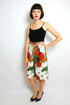 VTG 80s WOMENS BLACK BROWN PATTERNED HIGH WAISTED CULOTTES SHORTS