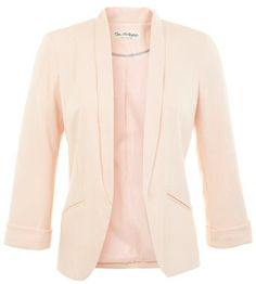 Nude ponte blazer with pockets from Miss Selfridge. Perfect for layering up in transitional weather.