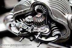 Yummy, Desmodromic valve-gear . . .