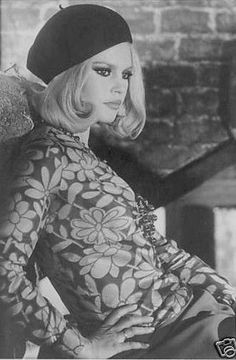 Brigitte Bardot : Bonnie Clyde...