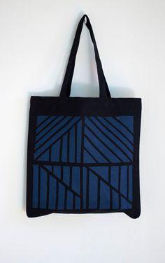 Normandie tote in blue and black