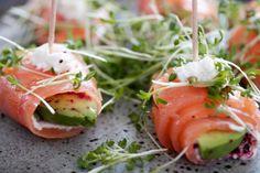 Snack: Lachs-Avocado-Rollen