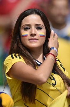 world cup 2014 colombia fans Hot Football Fans, Fifa Football, Football Girls, Soccer Fans, Soccer World, Football Match, Female Football, Football Stadiums, World Cup 2014