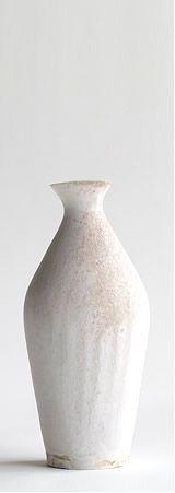 panorama - artist index & web magazine Colour Story, Japanese Pottery, Jar Storage, Ceramic Plates, Wabi Sabi, Stoneware, Porcelain, Clay, Japanese Style