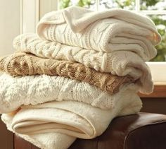 Pottery Barn Knit Throw!  DIY for less!  I love their throws and pillows but knew there HAD to be a way to DIY.