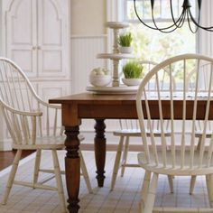 Farmhouse table - and chairs Room Chairs, Table And Chairs, Side Chairs, Dining Chairs, Dining Table, Dining Rooms, Ethan Allen Dining, Shabby Chic Zimmer, Farmhouse Table