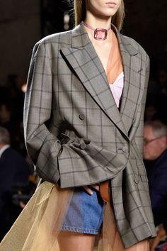 Dries Van Noten at Paris Fashion Week Spring 2016 - Details Runway Photos