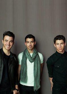 Best Party Songs, Bae, Hollywood Records, Camp Rock, Disney Channel Stars, Jonas Brothers, Nick Jonas, Celebs, Celebrities