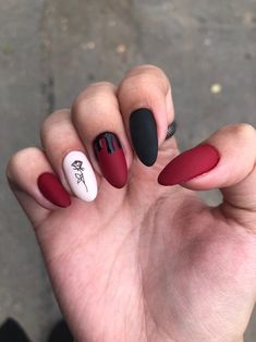 New Year Red Nail Styles to inspire you 2020 simple and beautiful nails, red nails . New Year Red Nail Styles to inspire you 2020 simple and beautiful nails, red nails . Edgy Nails, Aycrlic Nails, Grunge Nails, New Year's Nails, Stylish Nails, Swag Nails, Cute Red Nails, Pretty Nails, Red Black Nails