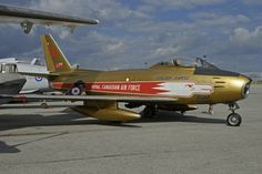 North American Canadair Sabre 6 - Royal Canadian Air Force (RCAF) in Golden Hawks special colours Fighter Aircraft, Fighter Jets, Sabre Jet, Wings Etc, Military Flights, Heritage Museum, Aircraft Photos, Nose Art, Aviation Art