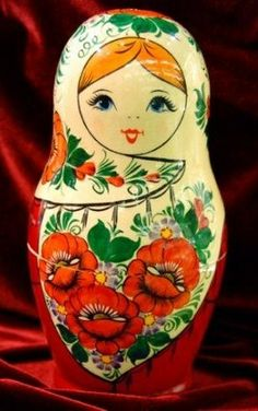 Matryoshka - Russian nesting doll.🌸Russian Nesting Dolls🦋Art Ideas Home Nature 🌻More Pins Like This At FOSTERGINGER @ Pinterest 🦋🌸🦋🌻
