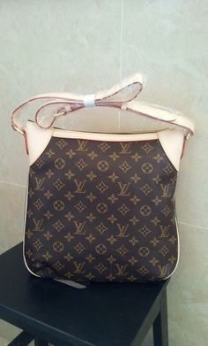 Louis Vuitton ODEON PM M56390.$189+FREE shipping+on-line payment