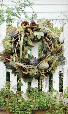 Fall wreath and floral arrangement ideas Autumn Decorating, Fall Decor, Diy Decorating, Door Wreaths, Grapevine Wreath, Pumpkin Wreath, Autumn Wreaths, Wreath Fall, Wreath Crafts