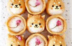 "Big success in regular rice and lunch! Enthusiasm for the cuteness of ""Deco Inari"" - Bento - Bento Ideas Cute Food, Yummy Food, Cute Bento Boxes, Japanese Food Art, Cute Baking, Kawaii Bento, Kawaii Dessert, Bento Recipes, Bento Ideas"