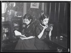Daisy and Violet Hilton, Birmingham 1932