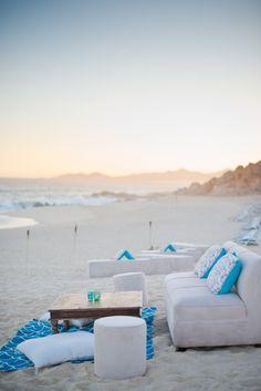 Lounge + beach
