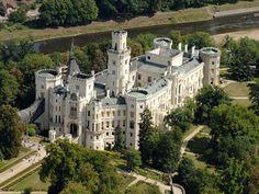 The Hluboká Castle (German: Schloss Frauenberg) in Hluboká nad Vltavou, Czech Republic Beautiful Castles, Beautiful Buildings, Beautiful Places, Places Around The World, Around The Worlds, Places To Travel, Places To Visit, Real Life Fairies, Fairytale Castle