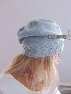 "Вязаная спицами стильная шапка ""Диана"""