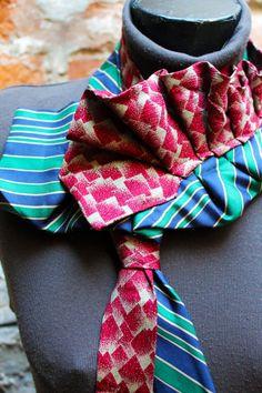 Collana foulard Realizzata con cravatte vintage in pura seta