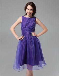 A-line Bateau Knee-length Organza Bridesmaid Dress