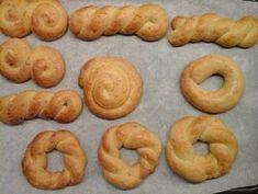 Κουλουράκια Πασχαλινά Κουνελάκια συνταγή από Nέλλη Καρδαρά - Cookpad Sausage, Projects To Try, Arts And Crafts, Easter, Meat, Food, Sausages, Easter Activities, Essen